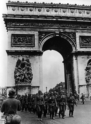 nazis-paris-slideshow